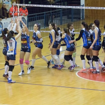 nelly-volley-8